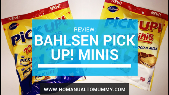 Packets of Bahlsen PiCK UP! Minis with title over